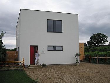 strohballen passivhaus mit ordination in engabrunn strohballenbau. Black Bedroom Furniture Sets. Home Design Ideas