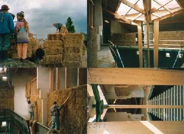 Bilder von der Entstehung der Strohballen-Wand