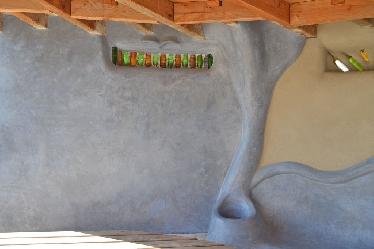 Musterbau von Tom Rijven in CUT-Technik mit Tadelakt-Putz
