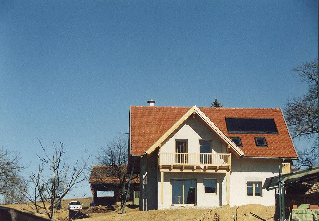 Erstes professionelles Strohballenhaus in Hitzendorf/Stmk. von StrohTec errichtet