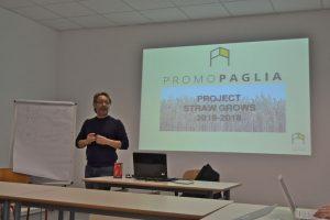 Carlo Micheletti presenting Promopaglia, the Italian straw bale association