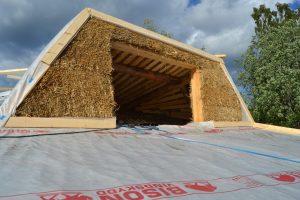 2016-7-06-07-strawbale-hobbithouse-sweden-4